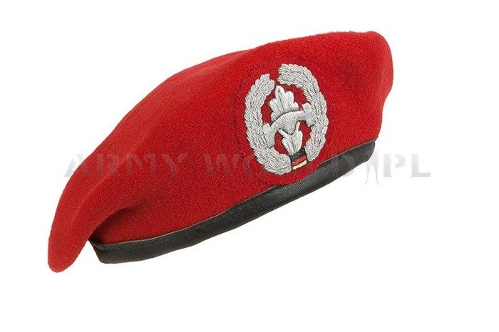 Military Beret Bundeswehr Coral-coulored With Decoration of Sapper Original Demobil