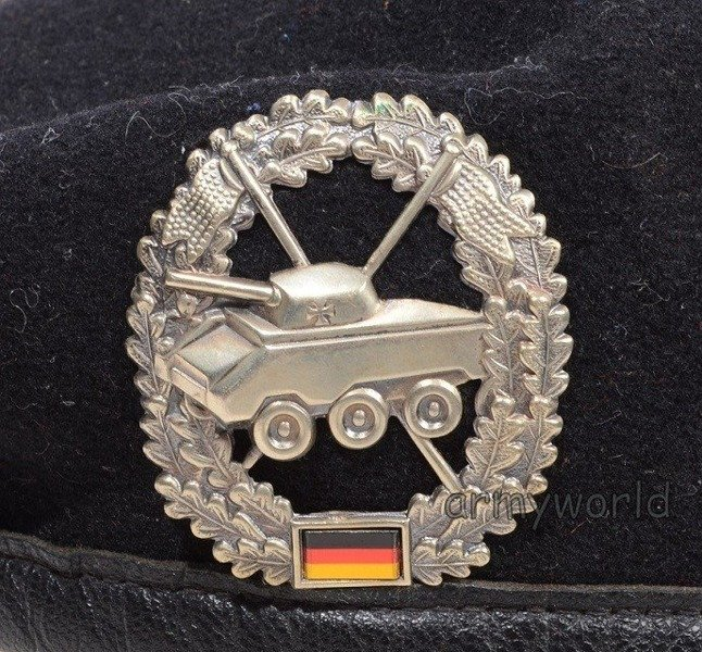 Military Beret Bundeswehr Black With Decoration of Armoured Reconnaissance Unit Original Demobil
